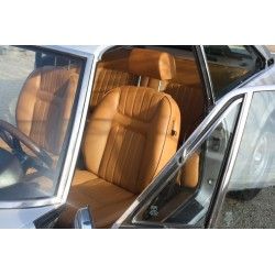 ensemble garnitures complet simili caramel Peugeot 504 coupé