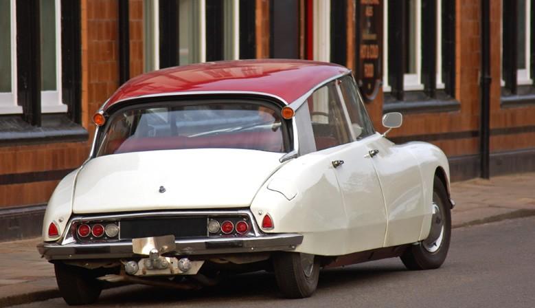 Sellerie de voiture ancienne